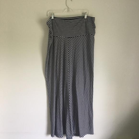 8eaf3bff0c5a2 Old Navy Skirts | Maternity Maxi Skirt | Poshmark
